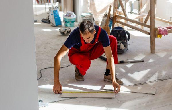 Le rôle de l'artisan carreleur sur un chantier à la Réunion